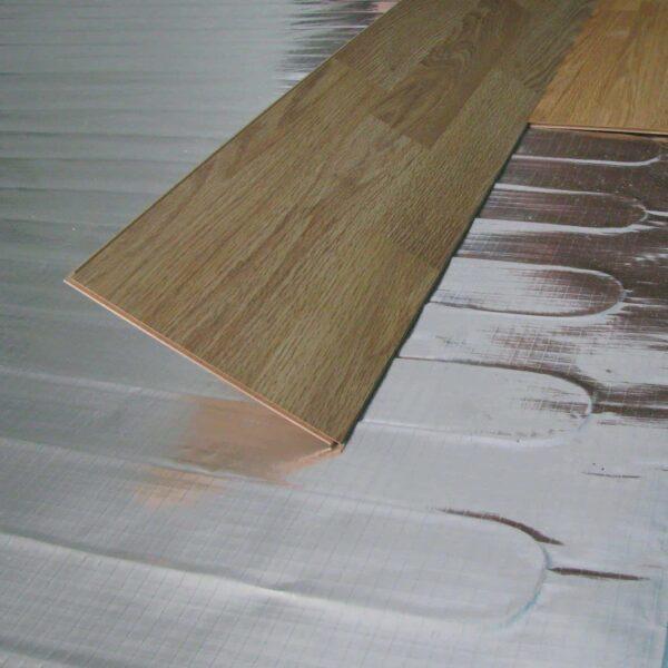 installing underfloor heating foil system